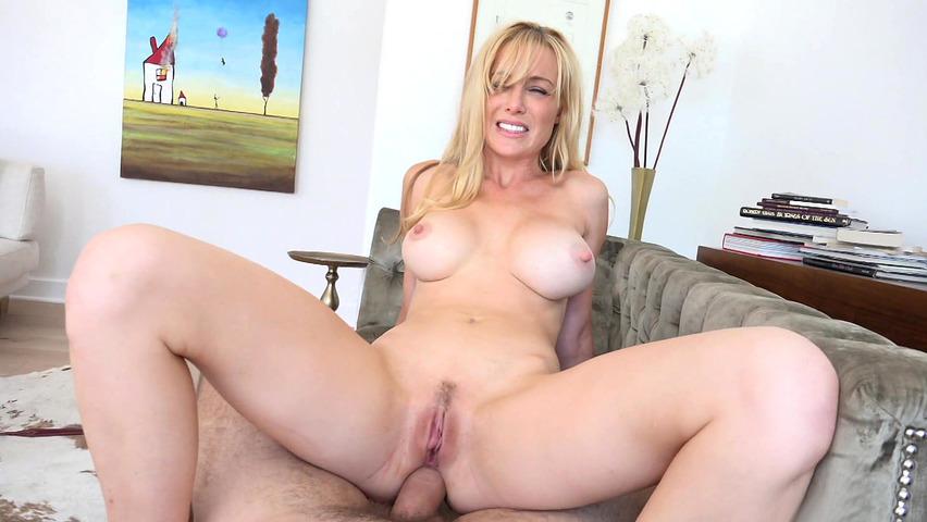 Tits Bouncing Riding Cock